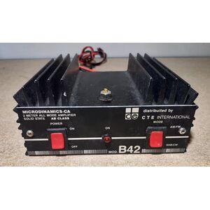 CTE International B42 Amplificatore Lineare CB Transistorizzato 12V 100W